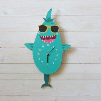 Horloge à balancier requin