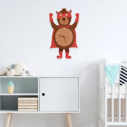 Horloge en bois ours